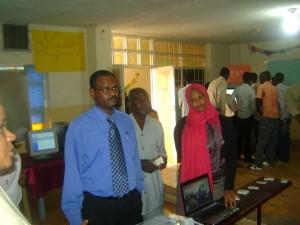 مشاركة المنظمة في معرض أكاديمي بكلية البيان